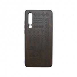 Puzdro Totem Huawei P30 tmavohnedé, drevený povrch